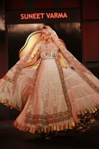 suneet-varmas-collection-14